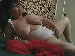 Ginni Lewis Squirts