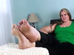 Western Blondes Huge Nordic Feet Can Cover Your Brunet Face