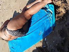 Beach Cum On MILF