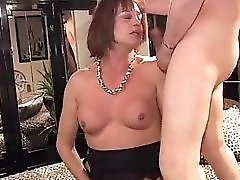 Mature Italian Shemale Thressome