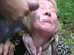 Der Omaficksau Die Suppe Voll In Die Fresse Gespritzt