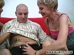 Amateur threesome with 2 nasty mature housewives
