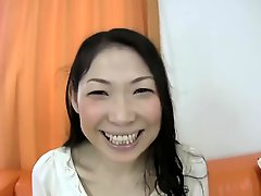 Japanese Mom 's First Audition F70