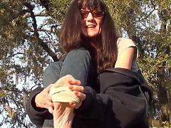 Feet In The Park