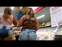 2 Hot Pawgs Shopin Study That A
