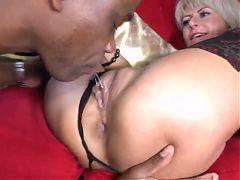 Sexy Milf Takes Bbc