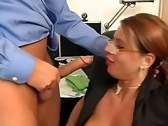 Sexy Susi Secretary Milf