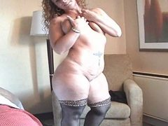 Redhead With Super Curvy Body!!!!