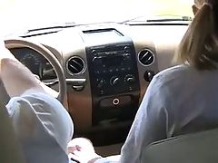 Quick Blowjob In Car