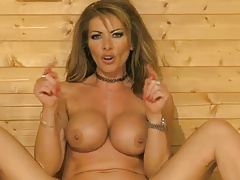 Lynda Leigh On Bs In The Sauna