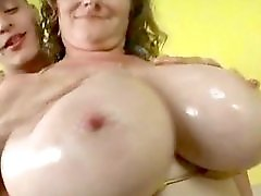 Huge Tit Bbw Milf Finds Young Stud At Beach