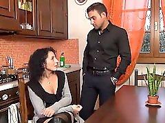 Con Un Marito Infermo 2