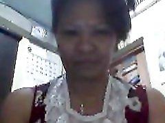 Filipina Mariel 40 Years Old
