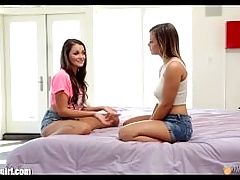 Mommysgirl Lisa Ann Shows Young Lesbians Licking