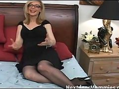 Naughty Cougar Love To Give Handjobs