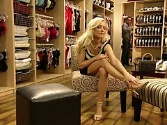 Hot Elegant Diana Chooses Shoes Foot Fetish