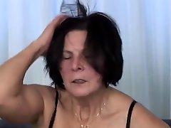 Mature Masturbates With Toy Before Fucks