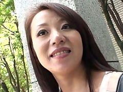Pregnant Sayuri Yoshida