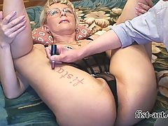 Posing Shooting Fisting And Squirting For Xhamster Com