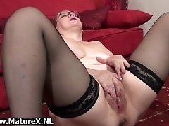 Dirty Housewife Having An Orgasm With A Dildo In Her Un