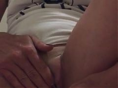 The Horny Wife Fucking A Bottle