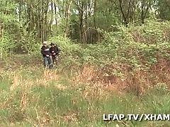 Gangbang Dans La Nature Avec Papy Voyeur